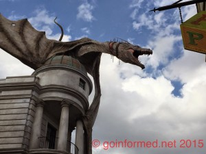 The dragon on top of Gringotts in Universals Diagon Alley is an attraction all by itself.